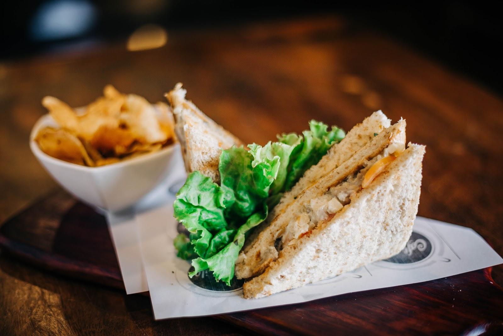Best Chicken Sandwiches in Orange County | Fried & Grilled